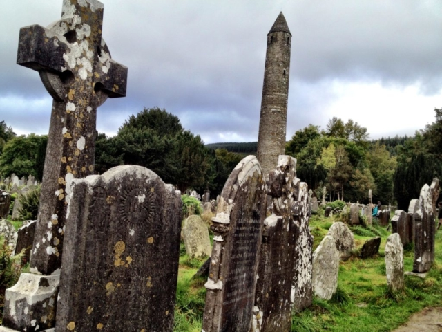 Glendalough, gammel kirkegård